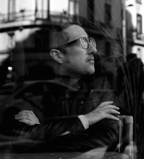 Patricio Pron: «No me interesan tanto las vidas individuales de los autores»