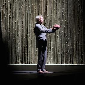 American Utopia: David Byrne y la naturaleza muerta de la vida moderna